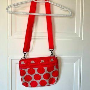 ❤️3/20❤️Thirty one pink polka dot crossbody purse